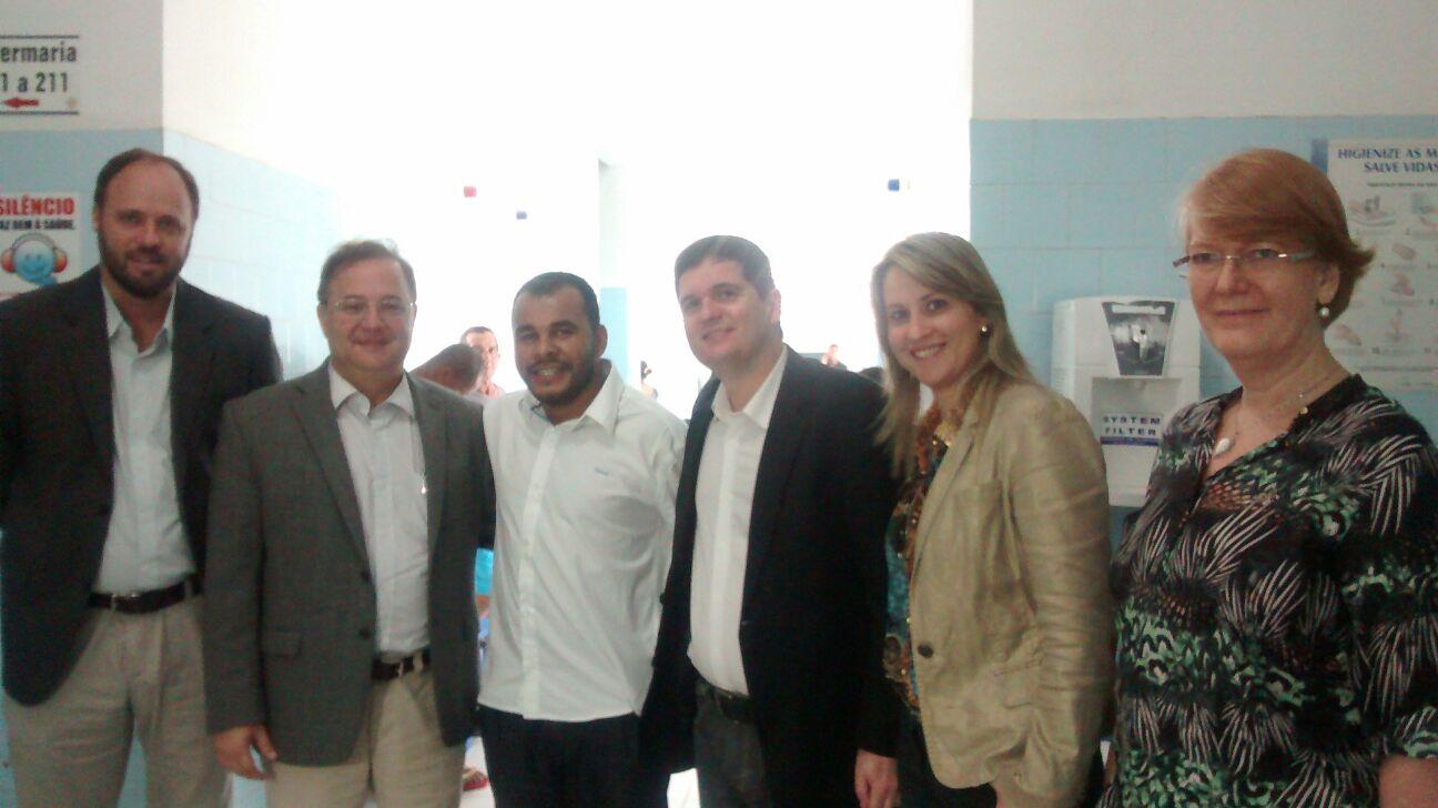 Secretário estadual de saúde visita o hospital municipal