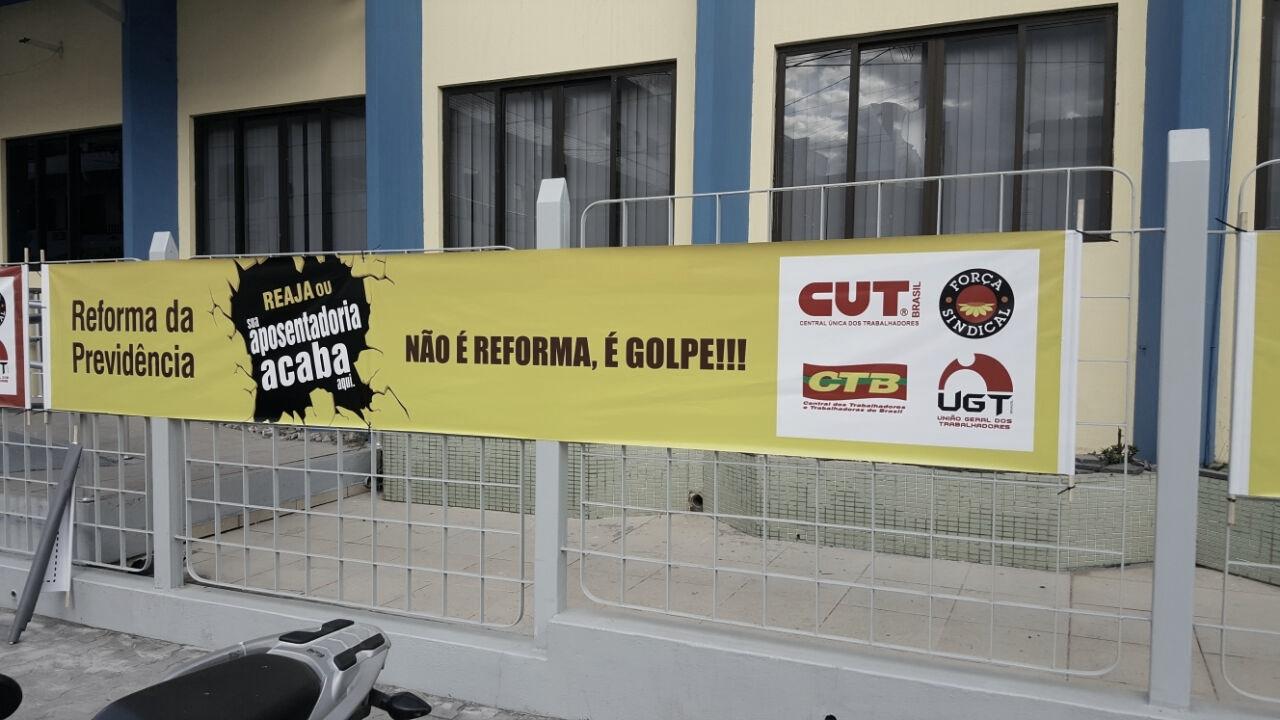 Em Teixeira de Freitas, movimentos sindicais já protestam contra reforma da previdência
