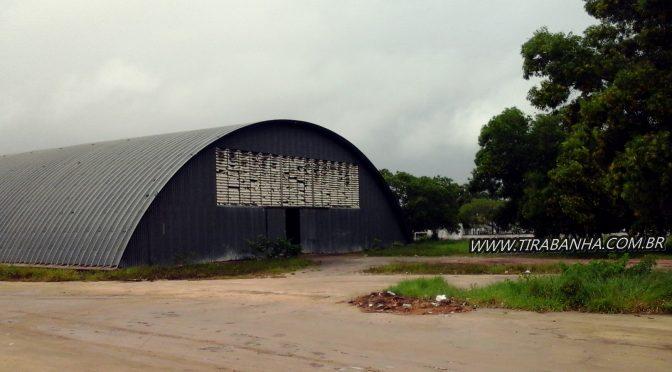 """O  """"Elefante Branco"""" de Teixeira de Freitas"""